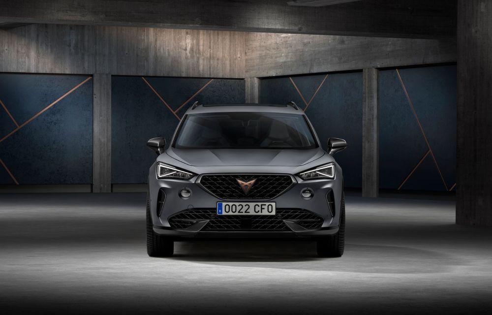 Cupra va deschide listele de comenzi pentru Formentor în luna iulie: SUV-ul de performanță cu până la 310 CP este asamblat la Martorell - Poza 3