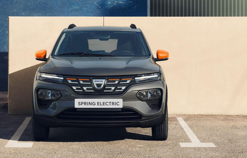 """Dacia Spring va fi prezentată în 15 octombrie: """"Cea mai accesibilă mașină electrică din Europa"""" va avea autonomie de 200 de kilometri - Poza 2"""