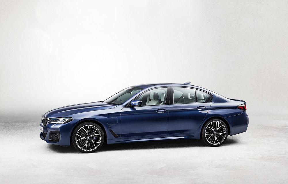Prețuri BMW Seria 5 facelift în România: sedanul producătorului german pornește de la 50.000 de euro - Poza 2