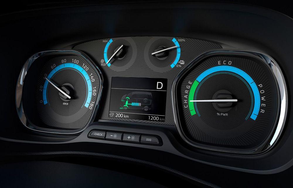 Opel a prezentat versiunea electrică a utilitarei de persoane Zafira Life: autonomie de până la 330 de kilometri și motor cu 136 CP - Poza 2