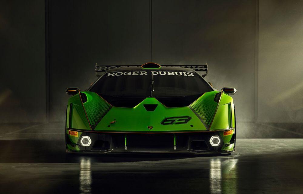 Lamborghini a prezentat noul Essenza SCV12: hypercar-ul va fi disponibil în 40 de unități și va fi echipat cu cel mai puternic motor V12 din istoria companiei - Poza 2