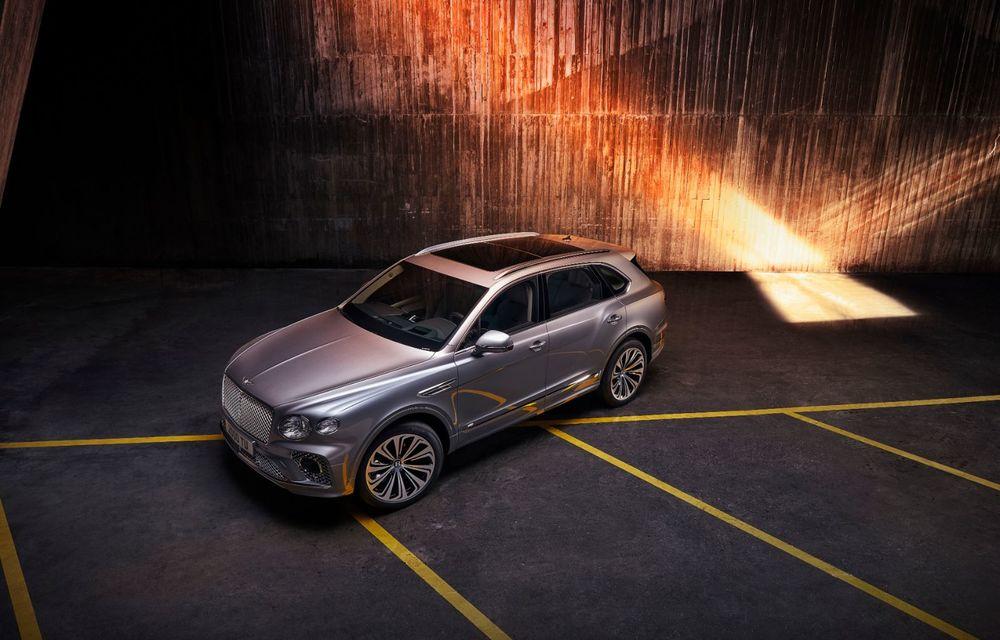 Bentley lansează Bentayga facelift: noutăți estetice, îmbunătățiri pentru interior și motorizare V8 - Poza 2