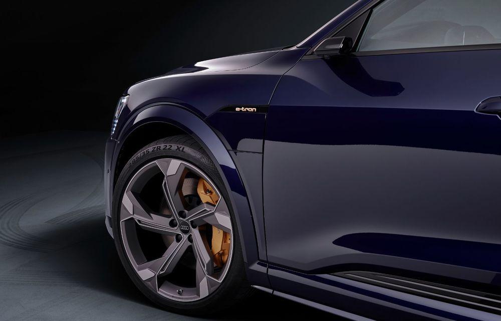 Primele imagini cu noile Audi e-tron S și e-tron S Sportback: trei motoare electrice și autonomie de până la 365 de kilometri - Poza 2