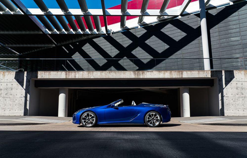 Lexus prezintă LC Convertible Regatta Edition: versiunea de lansare va fi produsă în doar câteva unități - Poza 2
