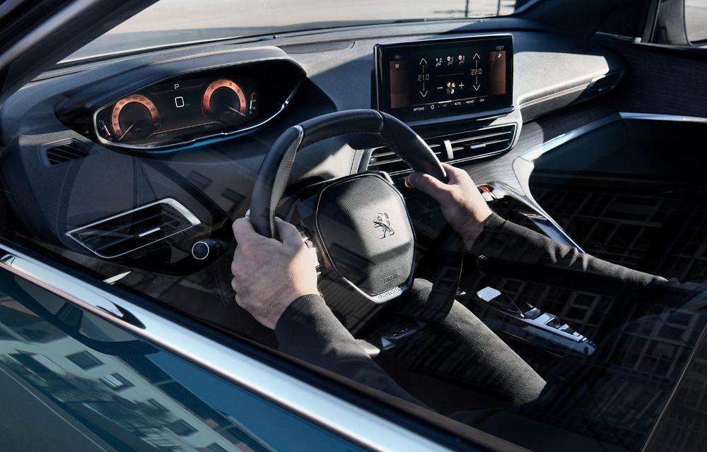 Peugeot a prezentat 5008 facelift: modificări de design și echipamente noi - Poza 4