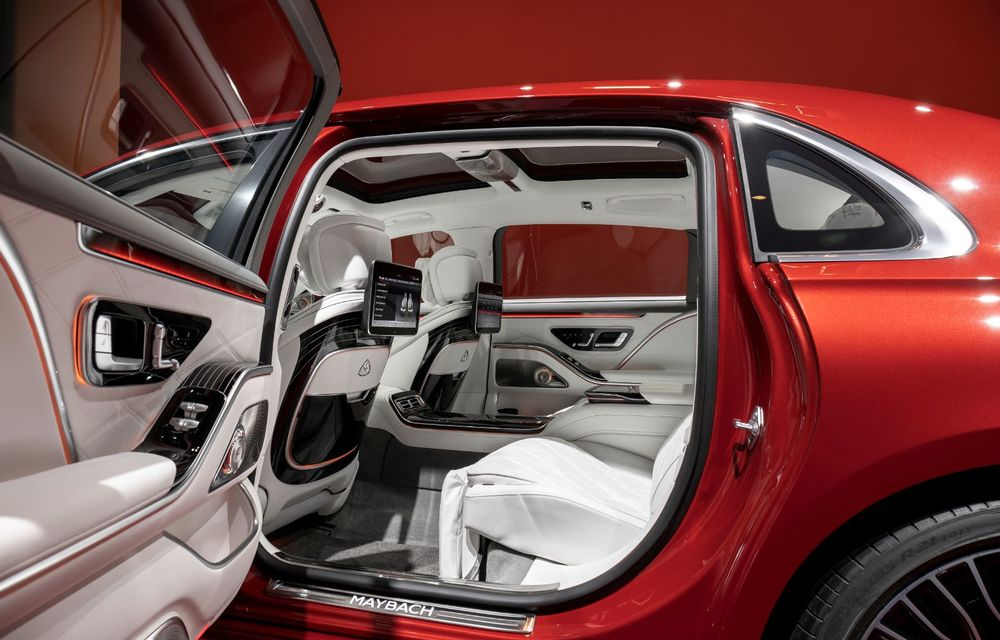 Noul Mercedes-Maybach Clasa S este aici: modelul de lux vine cu confort sporit la interior pentru pasagerii spate și numerose tehnologii noi - Poza 8
